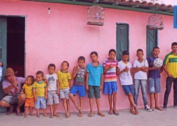 Мать 13 сыновей пообещала рожать, пока не появится дочь (10фото)