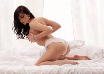 Девушки дома - 150 голых русских красавиц на домашних фото